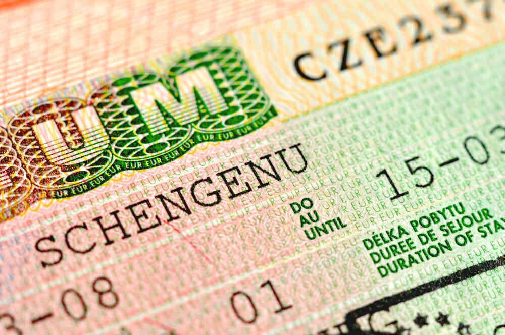 Как сделать шенген в чехию 675