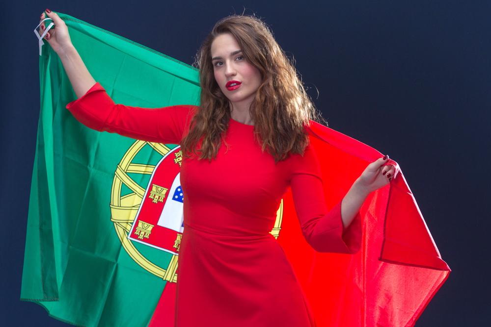 Как россиянину получить португальское гражданство