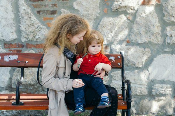 Няня с мальчиком