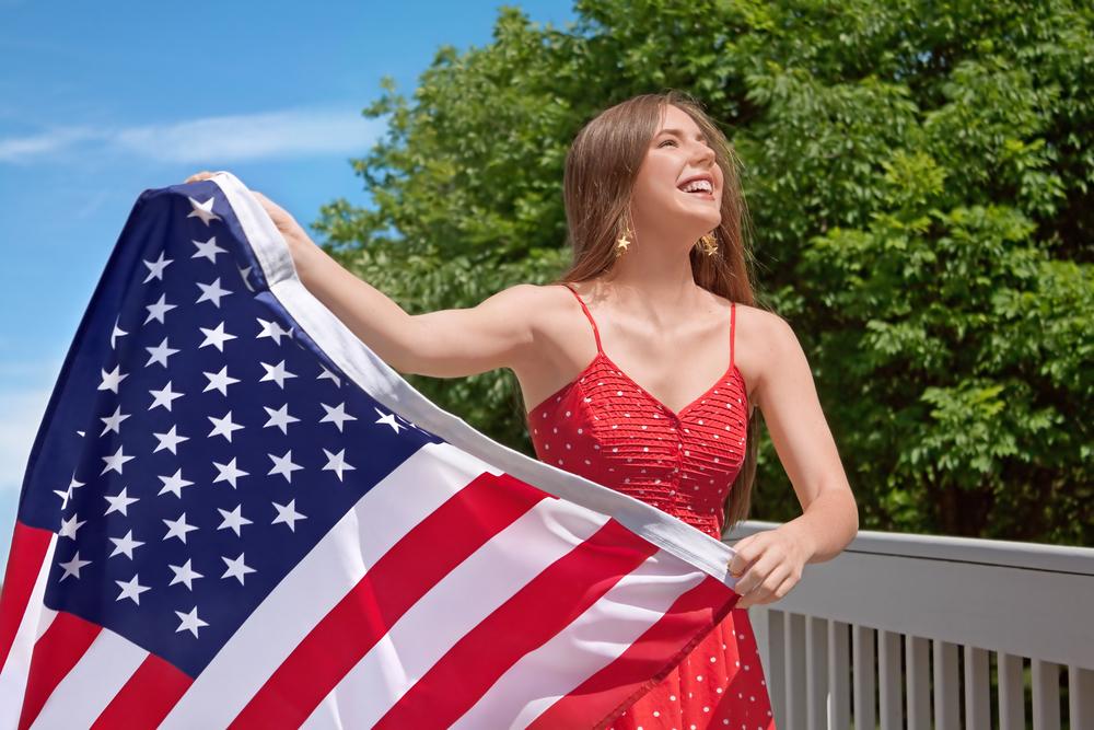 Как гражданину РФ оформить гостевую визу в США по приглашению